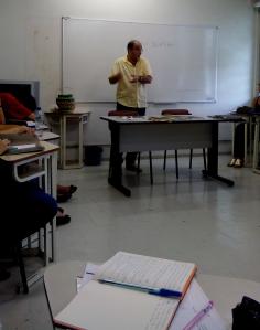 Aula de Epistemologia e Educação. Paulo Carrano com a
